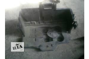 б/у Корпуса под аккумулятор Skoda Octavia Tour