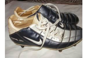 б/в Футбольні бутси Nike