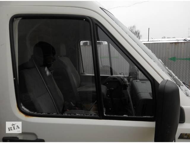 купить бу Стекло двери передней правое левое, скло дверей Volkswagen LT Фольксваген ЛТ 1996-2006 в Ровно