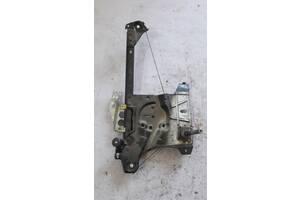Стеклоподъемник задний Audi A4 b5 8D0839399A
