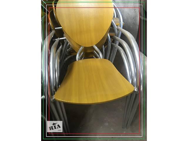 продам Стул дизайнерский б/у Simphony от МВ Италия алюминиевый с деревянным сидением и спинкой  бу в Киеве