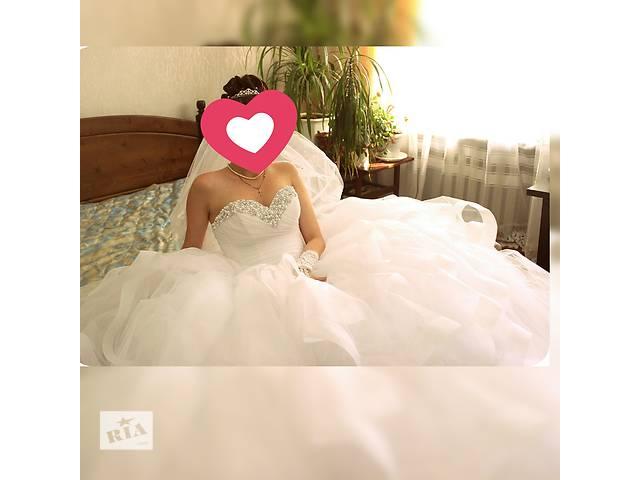 продам Свадебное платье в идеальном состоянии , размер 40-44 бу в Одессе