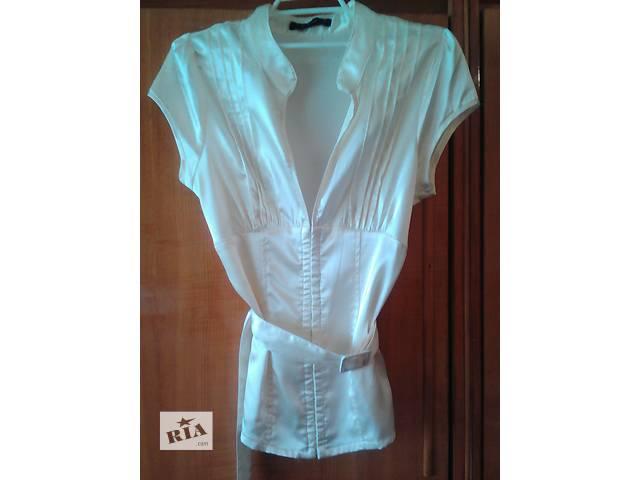 бу Праздничная блуза масляного цвета,р.12 в Мукачево