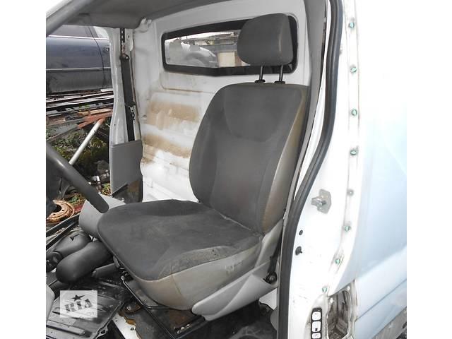 бу Сиденье водительское, водителя сидіння водія Nissan Primastar Ниссан Примастар Opel Vivaro Опель в Ровно