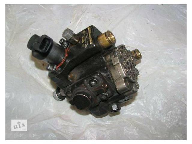 купить бу Топливная система Топливный насос высокого давления/трубки/шест Hyundai H1 2.5 CRDi в Ужгороде