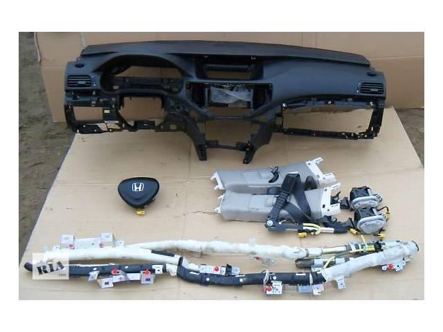 продам Торпедо/накладка для легкового авто Honda Accord бу в Ровно