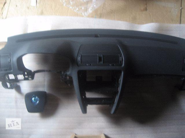 купить бу Торпедо/накладка для легкового авто Skoda Octavia A5 в Ровно