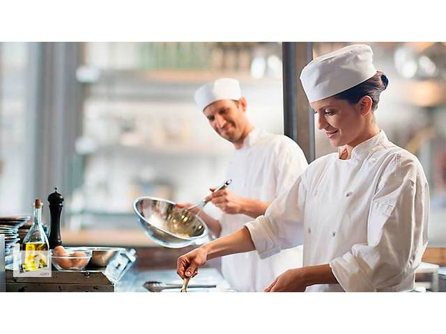 купить бу Повар и помощник повара в Болгарию   в Украине