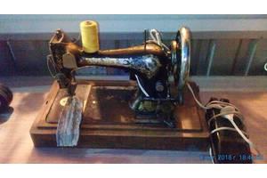 б/в Швейні машинки електричні Sinqer