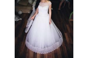 Весільні сукні недорого - купити сукню на весілля бу в Рівненській обл. 6d0a900e577b0