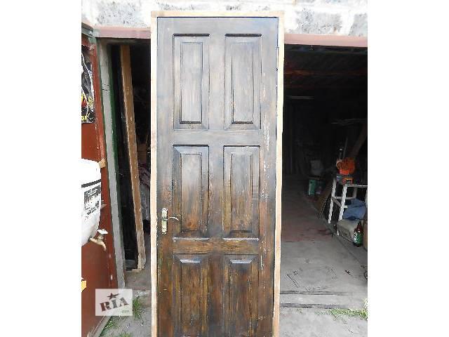 продам входные двери из натурального дерева - 2 штуки бу в Кривом Роге (Днепропетровской обл.)