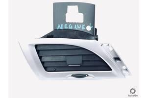 Воздуховод Дефлектор правый Renault Megane III