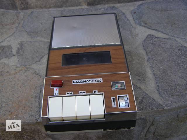 купить бу Винтаж Магнитофон Magnasonic Япония в Каменец-Подольском