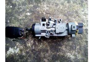 Применяемый замок зажигания / контактная группа для Mazda 323 BJ
