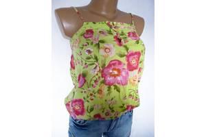 б/у Женские футболки, майки и топы United Colors of Benetton