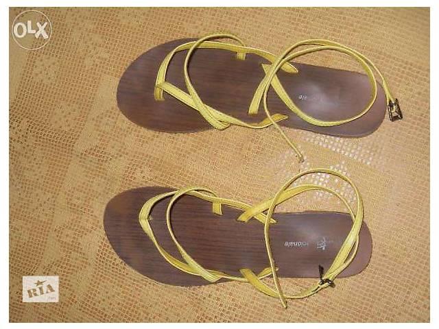 Яркие сандали- объявление о продаже  в Житомире