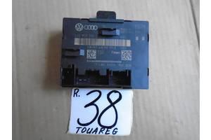 б/в Блоки управління двері Audi A8