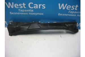 Б/У Кронштейн крила лівий на седан Corolla 2002 - 2007 5382812050. Вперед за покупками!