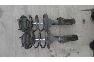 б/у Амортизаторы задние/передние Nissan Vanette груз.