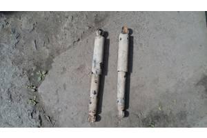 б/у Амортизаторы задние/передние ВАЗ 21214 Тайга
