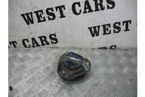 б/у Опоры амортизатора Toyota Avensis