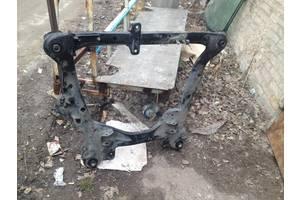 б/у Балки мотора Toyota Highlander