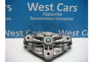 Б/У Опорный кронштейн под пружину Cayenne 2002 - 2010 7L0412391D. Вперед за покупками!