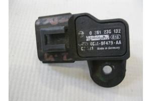 б/в Датчики тиску масла Ford Transit