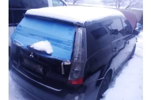 б/у Боковины Mitsubishi Grandis
