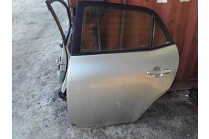 б/у Двери задние Toyota Auris