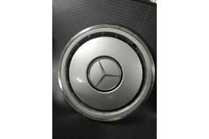 б/у Колпаки Mercedes 124