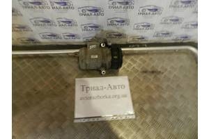 б/у Компрессоры кондиционера Toyota Land Cruiser 100