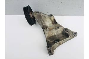 Б/у кронштейн для Opel Astra G 2.0 DTI