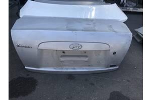Б/у кришка багажника для Hyundai Accent 2006-2010