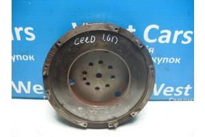 Б/У Маховик 1.6 CRDI механіка Ceed 2007 - 2012 232002A600. Вперед за покупками!