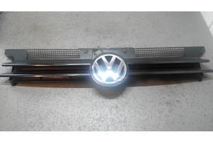 б/у Молдинги решетки радиатора Volkswagen Golf IV