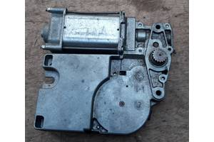 Б/у моторчик люка для Volkswagen Golf III