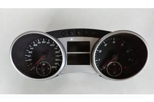 б/у Панели приборов/спидометры/тахографы/топографы Mercedes ML 63 AMG