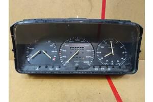 Б/у панель приборов/спидометр Volkswagen Passat B3 дизель /часи,