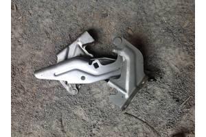 б/у Петли капота Mitsubishi Lancer X