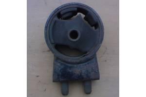 Б/у подушка мотора для Mazda 323  BF 85-89 г