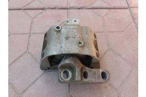 б/у Подушки мотора Volkswagen Golf IV