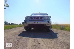 б/у Поворотные кулаки Nissan X-Trail