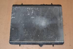 б/в радіатори Citroen DS5