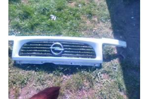 б/у Решётки бампера Opel Vectra A