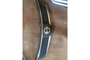 б/у Решётки радиатора Nissan TIIDA
