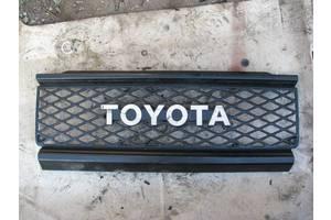 б/у Решётки радиатора Toyota Land Cruiser 70