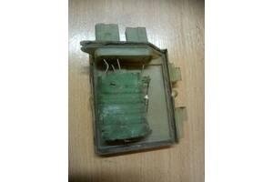 Б/у резистор пічки для Volkswagen Passat B4 B3 357959263