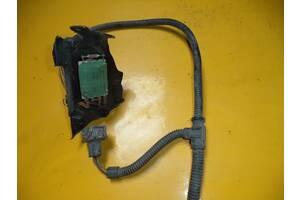Б/у резистор печки для Volkswagen T4 (Transporter) (1990-2003) три контакта