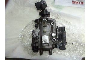 б/в Паливні насоси високого тиску / трубки / шестерні Opel Zafira